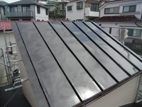 横浜市磯子区:トタン屋根上塗り