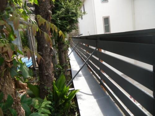 横浜市磯子区:フェンス下塗り