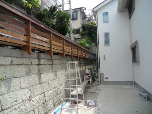 横浜市磯子区:フェンス下塗り2