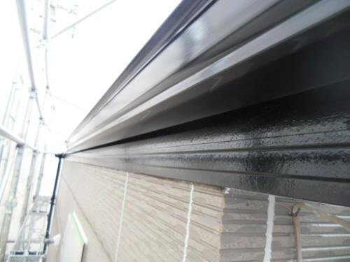 横浜市保土ヶ谷区:雨樋・破風中塗り
