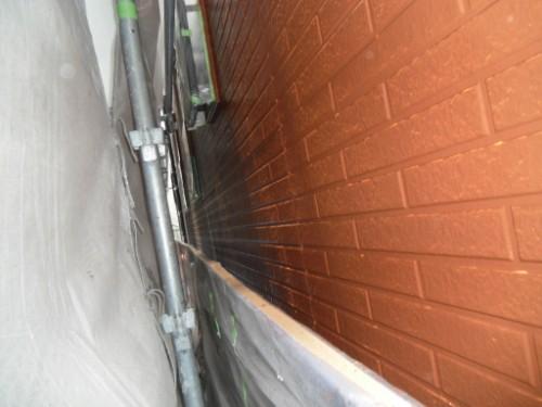 横浜市保土ヶ谷区:外壁中塗り後