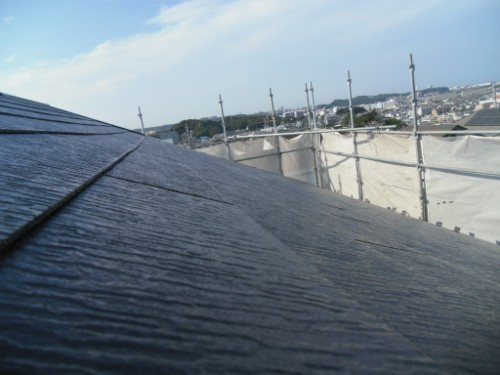 横浜市金沢区:屋根中塗り