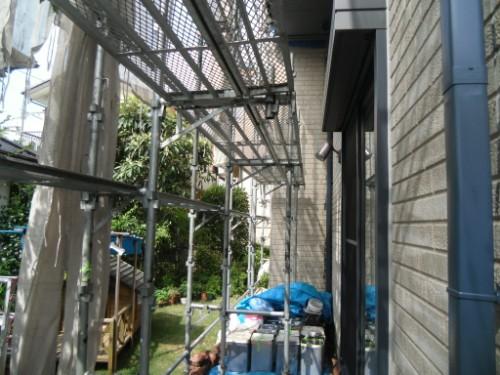 横浜市金沢区:足場とメッシュシート