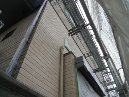 横浜市金沢区:外壁中塗り後