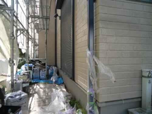 横浜市金沢区:雨樋の養生剥がし
