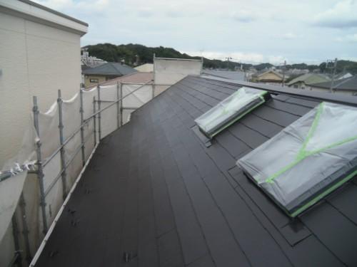 逗子市桜山:屋根中塗り後2