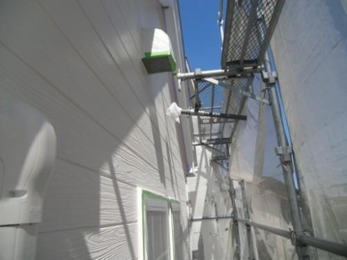 逗子市桜山:外壁中塗り後2