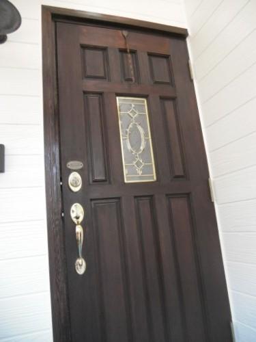 逗子市桜山:ドア中塗り後