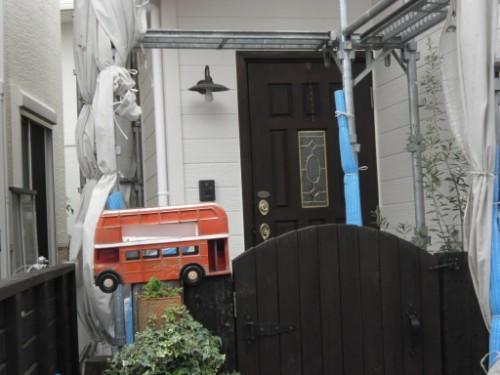 逗子市桜山:塗装後の玄関周り