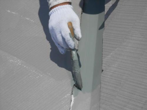 横浜市保土ヶ谷区:屋根上塗り2回目ダメ込み