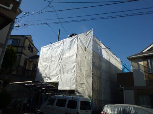 川崎市麻生区:外から見た高圧洗浄の様子