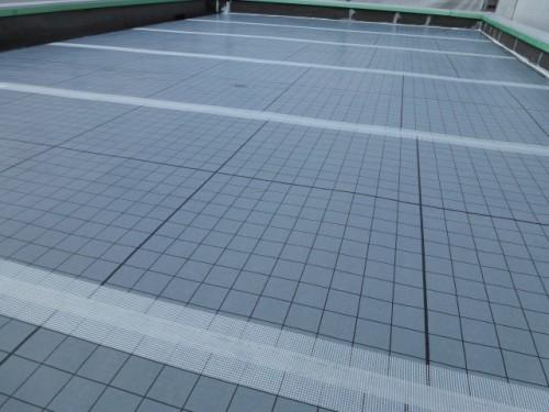 2014年4月9日 神奈川区:屋上自着シート貼り後