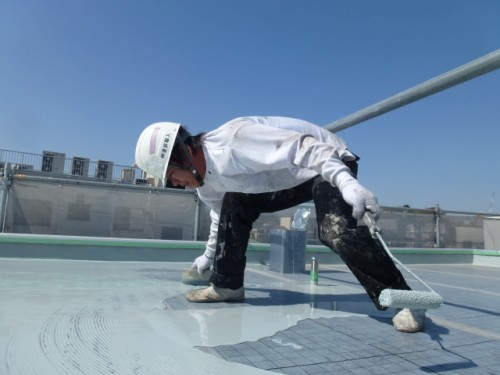 2014年4月15日 神奈川区:平場ウレタン防水1層目2