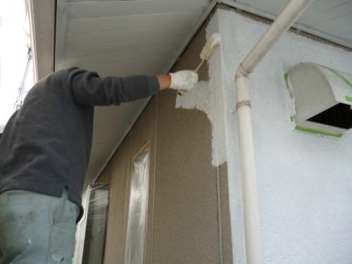 横浜市旭区:外壁下塗り