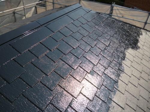 横浜市旭区:屋根上塗り途中