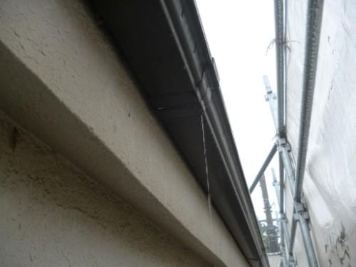 東京都大田区:水の漏れる雨樋