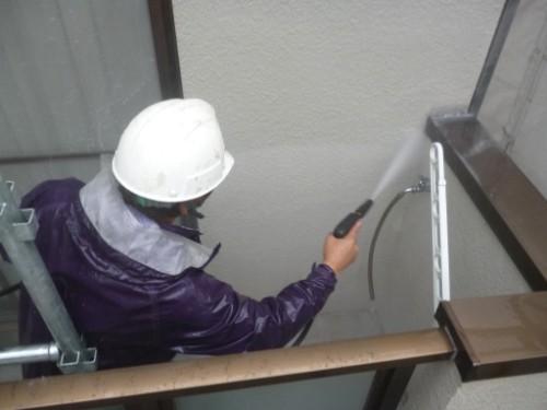 東京都大田区:ベランダ内壁洗浄