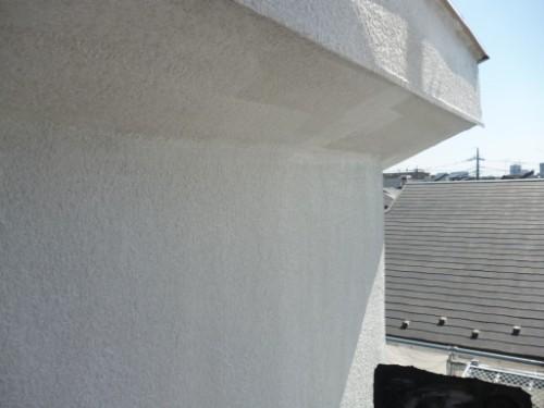 東京都大田区:モルタル外壁フィラー下塗り後