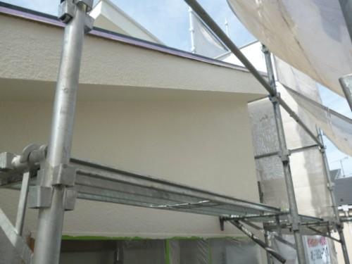 東京都大田区:モルタル外壁中塗り後