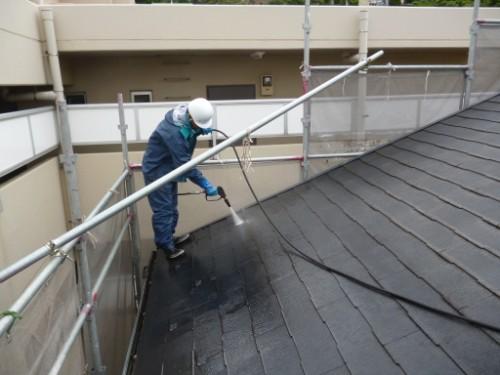 横浜市保土ヶ谷区:屋根高圧洗浄