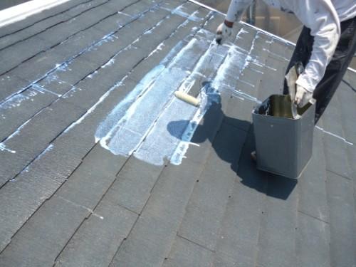 横浜市保土ヶ谷区:屋根シーラー下塗り