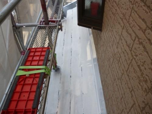 横浜市保土ヶ谷区:下屋根中塗り1回目
