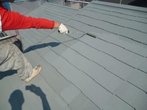 横浜市保土ヶ谷区:屋根上塗り2回目