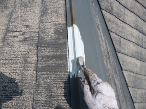 相模原市中央区:屋根鉄部サビ止め塗布