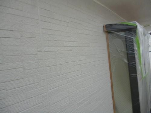 相模原市中央区:軒・破風、外壁中塗り後