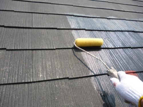 横浜市保土ヶ谷区:屋根下塗りシーラー塗布