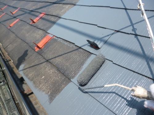 横浜市保土ヶ谷区:屋根中塗り