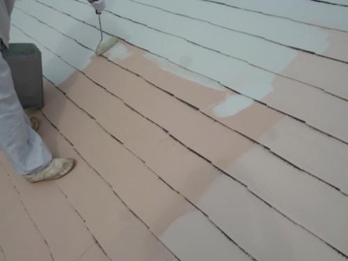 横浜市瀬谷区:屋根中塗り2回目