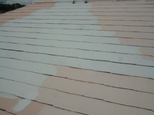 横浜市瀬谷区:屋根中塗り途中