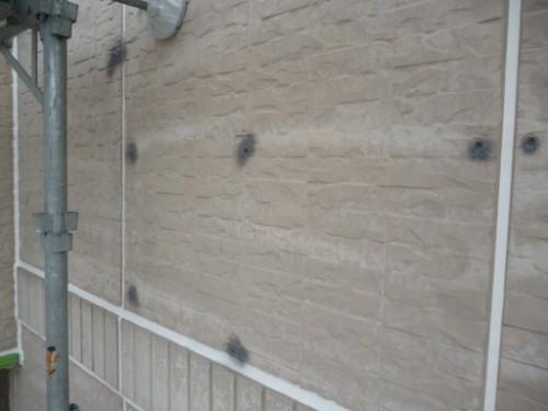 横浜市瀬谷区:外壁のビス穴