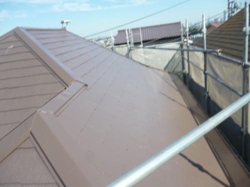横浜市南区:屋根上塗り途中