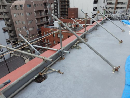 川崎市川崎区:屋上の支え