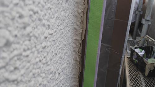 2013年7月2日 川崎市中原区にて外壁塗装・ガタガタの線