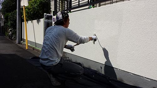 2013年7月18日 南区六ッ川にて外壁塗装・門塀上塗り