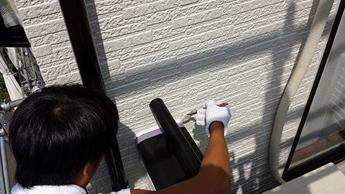 2013年6月29日 稲城市にて線出し塗装