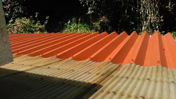 さび止めを塗った折半屋根