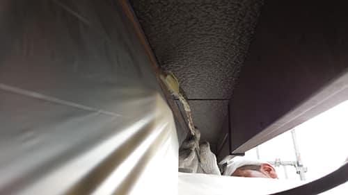 都筑区での外壁塗装、破風・軒塗装とクラック補修