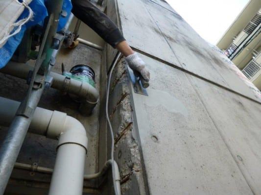 神奈川区でのマンション大規模改修、RC建物の爆裂補修