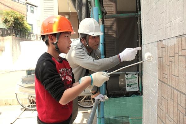 戸塚区で家族みんなで楽しい塗装体験しました