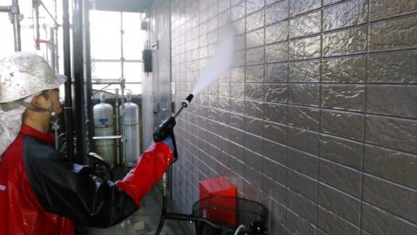 鶴見川近くのアパート塗装・変わる外壁