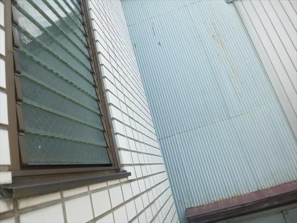 台風で過剰に雨漏りするお宅と業者による告知義務違反