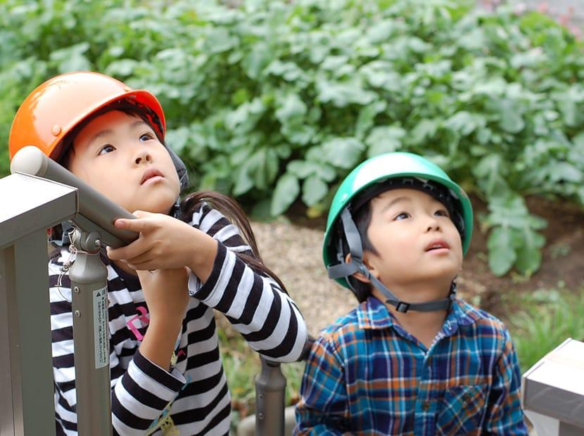 ヘルメットと子ども