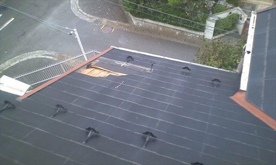 台風でお客様宅の屋根が剥がれてしまったので