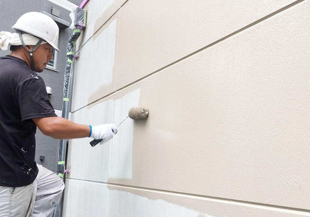 横浜市で数多くの実績を残す一級塗装技能士、菅によるALCの外壁塗装