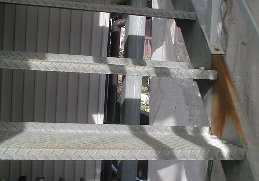 亜鉛の階段のさび