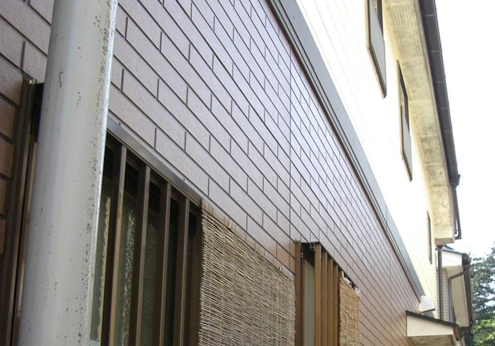 2005年当時の塗装後のタイル調サイデイング